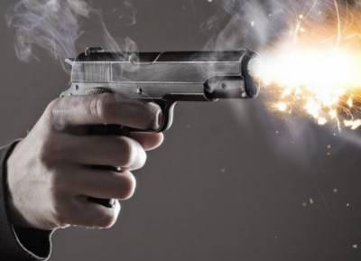 گجرات میں چار بچوں اور خاتون سمیت پانچ افراد کو قتل کردیا گیا۔ملزم نے خود کشی کرلی