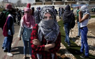 ظالم فوج کے تازہ حملے میں احتجاج کرنے والے سترہ فلسطینی شہید جبکہ ہزاروں زخمی ہوگئے