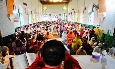دنیا بھر کی طرح پاکستان میں بھی مسیحی برادری آج ایسٹر منارہی ہے