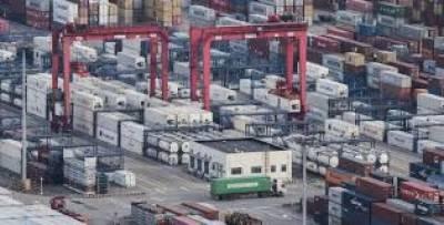 چین نے پھل اور گوشت سمیت امریکہ سے درآمد کی جانے والی تین ارب ڈالرمالیت کی ایک سو اٹھائیس مصنوعات پر محصولات عائد کر دیئے