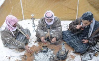 سعودی عرب کے علاقے عسیر میں برفباری