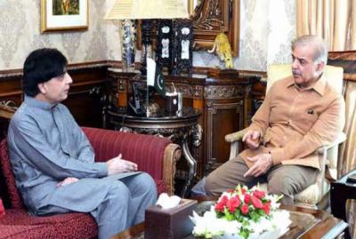 صدرمسلم لیگ ن شہباز شریف اور سابق وزیر داخلہ چوہدری نثار کی ملاقات ، دونوں رہنماؤں کے درمیان ملاقات میں ملک کی سیاسی صورتحال اور پارٹی امور پر تبادلہ خیال کیا گیا