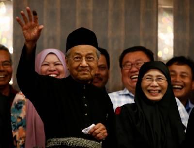 ملائیشیا کے 2018کے انتخابات نے نئی تاریخ رقم کردی، مہاتیر محمد نے حیرت انگیز طور پر فتح حاصل کرلی