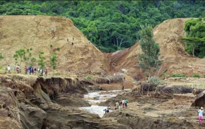 کینیا میں ڈیم کا بند ٹوٹنے سے 47 افراد ہلاک اور150ے زائد زخمی ہو گئے