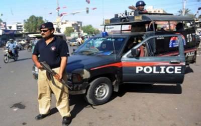 کراچی میں کیمروں والی موبائلوں سے اب تمام سیاسی جلسوں اور اجتماعات کی عکس بندی کی جائے گی.