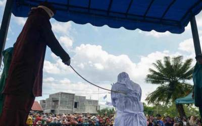 سوڈان: پسند کی شادی کرنے پر خاتون کو 6ماہ قید، 75 کوڑوں کی سزا
