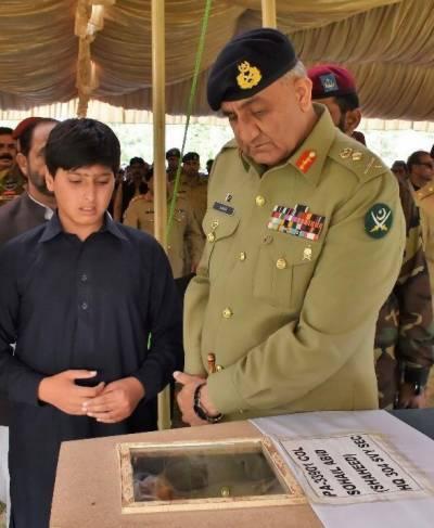 شہید کرنل سہیل عابد فوجی اعزازکے ساتھ سپرد خاک