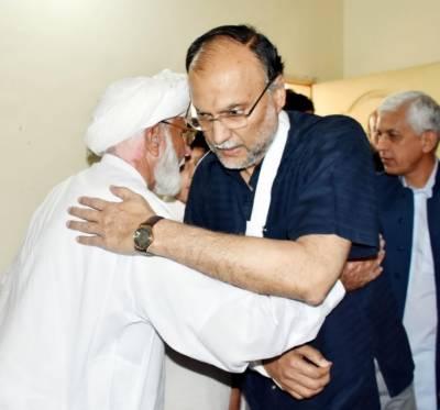 سہیل قوم کے بہادر سپوت تھےملک و قوم کی حفاظت کے لئے اپنی جان کا نذرانہ پیش کیا قوم کو ان کی قربانی پر فخر ہے ۔ وزیر داخلہ احسن اقبال