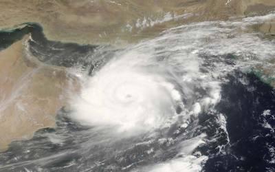 بحرعرب میں اٹھنے والے طوفان میکونو ہفتہ سے منگل تک سعودی عرب سے ٹکرائےگا۔