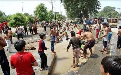 پنجاب کے میدانی علاقوں سمیت اندرون سندھ میں درجہ حرارت میں خطرناک حدتک اضافہ