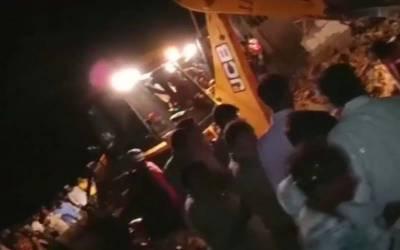 بھارت: مسجد کا مینار منہدم ہونے سے 4 افراد جاں بحق،4زخمی