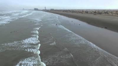 کراچی میں سمندری ہوائیں چلنے سے موسم خوشگوار ہوگیا،