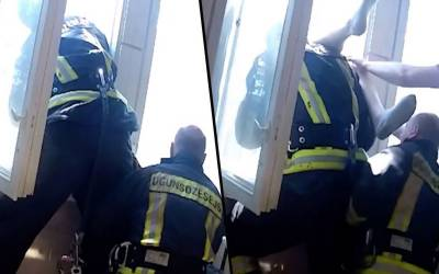 فائر فائٹر نے عمارت سے چھلانگ لگانے والی ایک خاتون کو ہوا کے درمیان ہی دبوچ لیا۔