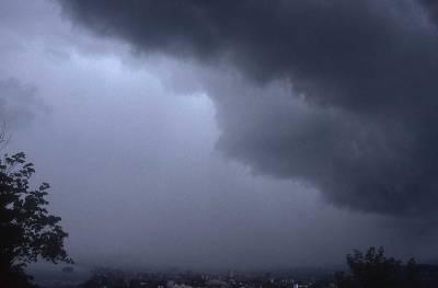 عید پر ملک میں پری مون سون بارشوں کا آغاز ہوگا، موسم کا حال بتانے والوں نے خوشخبری سنا دی۔