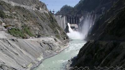 بھارت سوچے سمجھے منصوبے کے تحت آبی دہشتگردی کے ذریعے پاکستان کو بنجر کرنے پر تل چکا ہے
