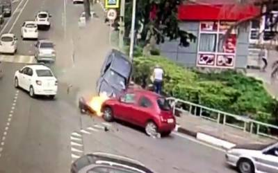 روس: سوچی میں گاڑی راہگیروں پر چڑھ دوڑی، 1معمرشخص ہلاک،دو خواتین سمیت متعدد زخمی