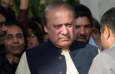 Nawaz seeks delay in Avenfield verdict.