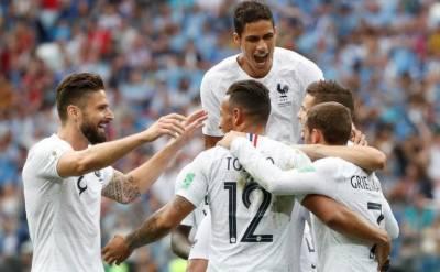 فٹبال کی عالمی جنگ میں یوروگوئے کا سفربھی تمام ہوا، فرانس نے یوروگوئے کوصفرکے مقابلے میں دو گول سے پچھاڑ کر سیمی فائنل میں پہنچ گیا