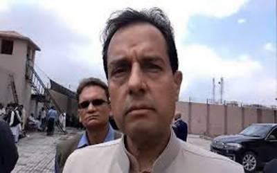 وزارت داخلہ نے کیپٹن (ر) محمد صفدر کا نام بلیک لسٹ میں شامل کر دیا۔
