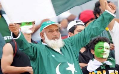 میرے بس میں ہو تو پوری دنیا میں پاکستانی کر کٹ ٹیم کیساتھ جائوں۔ چاچا کرکٹ