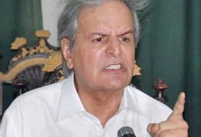 تین بار کے منتخب وزیراعظم اور ان کی بیٹی کو جیل میں ڈال دیا گیا،جاوید ہاشمی