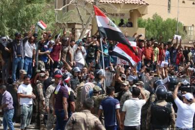 بغداد میں مظاہروں میں کم سے کم5 افراد ہلاک جبکہ 190 زخمی ہوئے ہیں