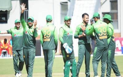 پاکستان نے زمبابوے کو تیسرے ون ڈے میں یکطرفہ مقابلے کے بعد 9 وکٹوں سے ہرا دیا۔