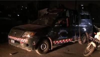کراچی: دھنی بخش گوٹھ میں تحریک انصاف اور آزاد امیدوار کے کارکنان کے درمیان تصادم میں 8 افراد زخمی ہوگئے۔