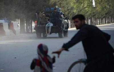 افغان دارالحکومت کابل کے ایئرپورٹ پر نائب صدرعبدالرشید دوستم کی آمد کے بعد خودکش حملہ ہوا،