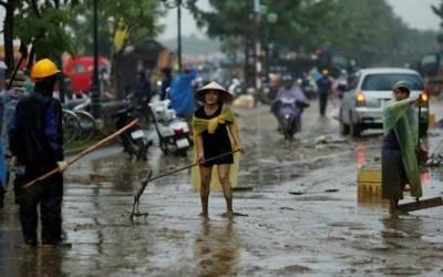 ویتنام: سمندری طوفان اور لینڈ سلائیڈنگ سے ہلاک ہونے والوں کی تعداد 27 ہو گئی، 7 افراد لاپتہ