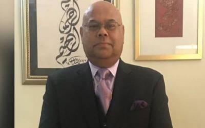 پاکستانی کمیونٹی کی خدمت کیلئے مجھے برطانیہ میں تعینات کیا گیا۔ صاحبزادہ احمد خان