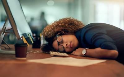 ضرورت سے زیادہ سونا امراض قلب اور دماغی امراض کا موجب بن سکتا ہے۔ امریکی ماہرین