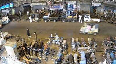 شہرقائد میں اسٹریٹ کرائم، موٹر سائیکل اور گاڑیاں چوری کرنے والوں کا راج برقرار ہے
