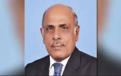 گورنر پنجاب رفیق رجوانہ عہدے سے مستعفی ہو گئے۔