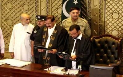 پاکستان تحریک انصاف کے مشتان غنی نے سپیکر خیبرپختونخوا اسمبلی کا حلف لیا۔