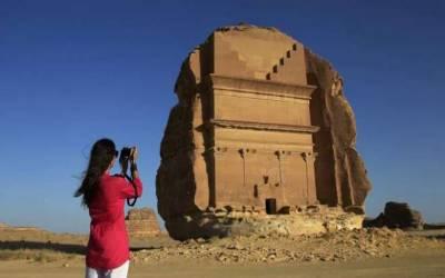 سعودی عرب: سیاحوں سے 22.2 ارب ریال کی آمدنی متوقع