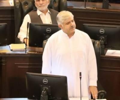عوام کے بھروسےکوٹھیس نہیں پہنچائیں گے،اداروں میں شفافیت لے کر آئیں گےاورغیرسیاسی بنائیں گے، نومنتخب وزیراعلیٰ خیبرپختونخوا محمود خان