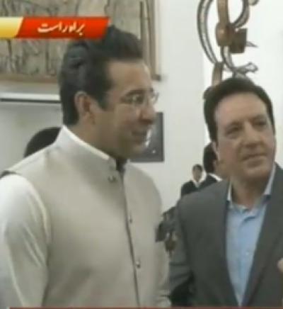 جب سے الیکشن ہوئے سب کے چہرے پر خوشیاں ہیں، وسیم اکرم