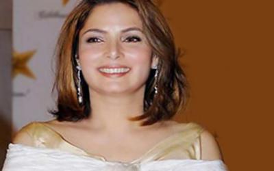 اداکارہ بابرہ شریف نے ڈیم فنڈز کے لیے 10 لاکھ روپے عطیہ کر دیئے