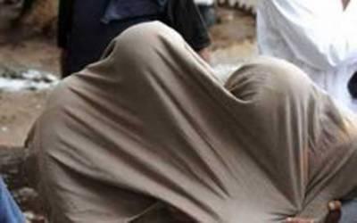 بھکر کے قبرستان سے 2دہشت گرد گرفتار،دستی بم اور خودکش جیکٹ برآمد