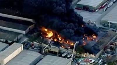 میلبرن :کیمیکل کے گودام میں آگ لگ گئی