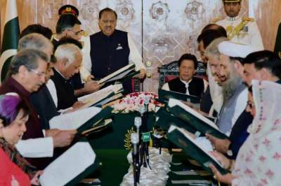وزیرِاعظم کا وفاقی کابینہ میں مزید توسیع کا فیصلہ، ذرائع