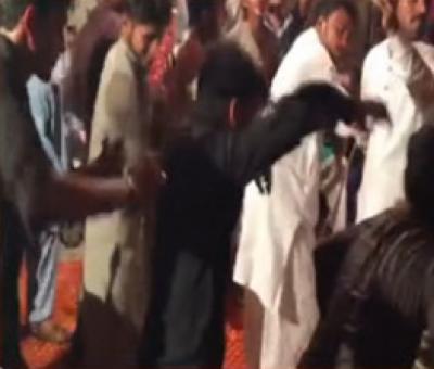 جھنگ: شادی کی تقریب کے دوران چھت گرنے سے 12 افراد زخمی