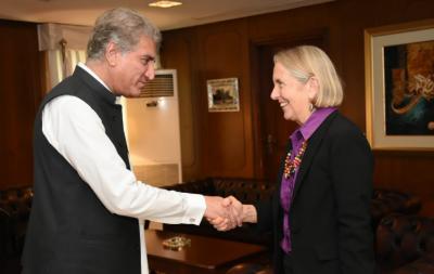 وزیر خارجہ شاہ محمود قریشی سے سابق آسٹریلوی سینیٹر لی ریا نون کی ملاقات