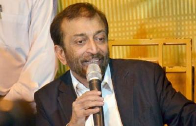 رہنما ایم کیو ایم ڈاکٹر فاروق ستار کا تحریک انصاف میں شمولیت کے حوالے سے سوال کا جواب