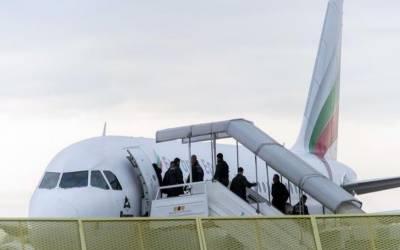 جرمنی بدر ہونے والے افغان مہاجرین کابل پہنچ گئے۔
