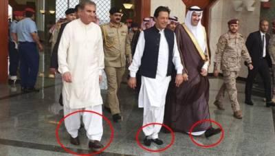عمران خان نے اس بار بھی مدینہ منورہ کی سرزمین پر جوتے اتار کر قدم رکھے