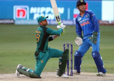 ایشیا کپ: پاکستان کا بھارت کو 238 رنز کا ہدف