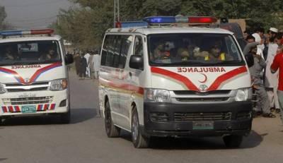شکارپور: گھر کے اوپر سے گزرنے والی ہائی ٹینشن لائن گرنے سے 4 بچے جھلس گئے