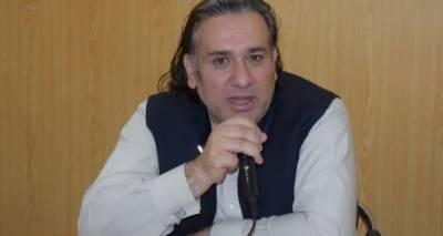 عارف علوی نے گورنرگلگت بلتستان غضنفرعلی خان کا استعفی منظورکرلیا،